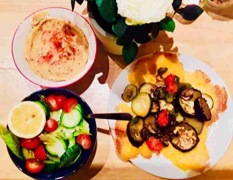 Yellow split pea Fava, roasted vegetables on Polenta crackers, fresh Salad