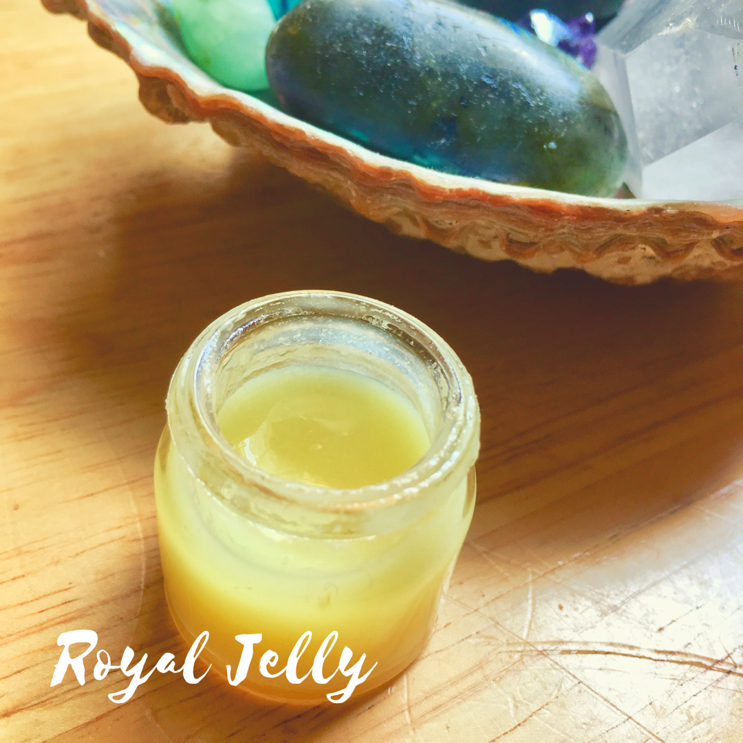 Super Food Guide- What is Royal Jelly & Bee Pollen?