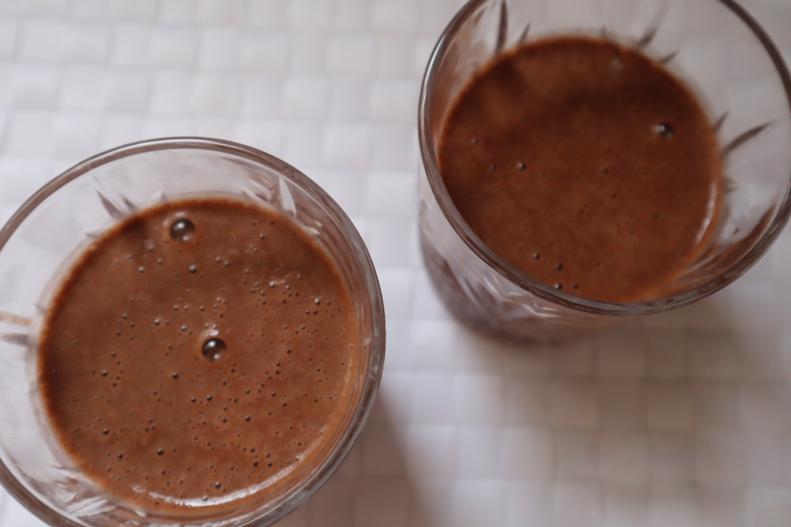 CHOCOLATE SMOOTHIE- HEALTHY!!